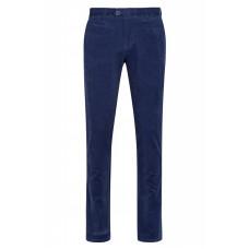 Синие вельветовые мужские брюки.